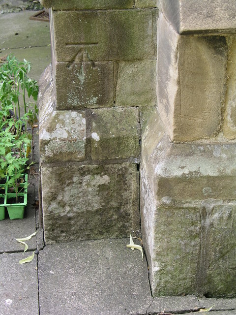 Cut Mark: Ulceby, St Nicholas' Church