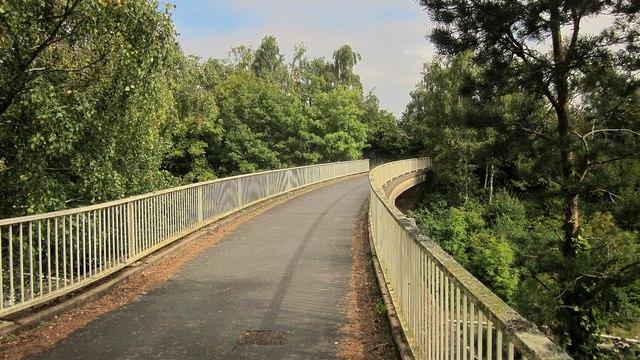 Footbridge to Exeter Vale