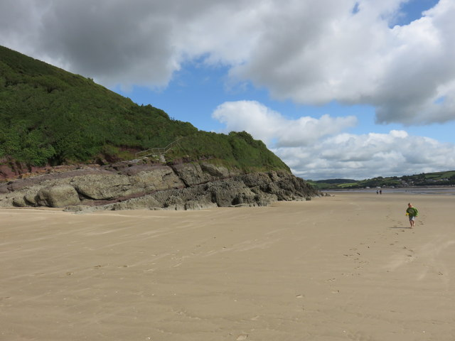 Scotts Bay coastline near Llansteffan