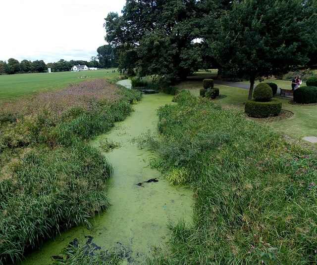 Shades of green in Melton Mowbray