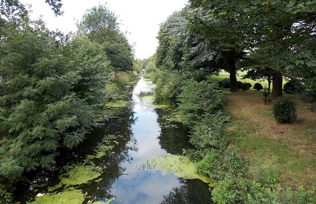 Disused canal in Melton Mowbray