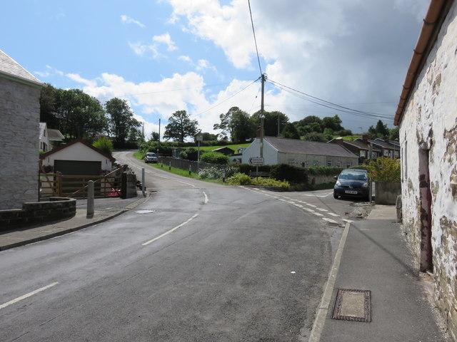 Roads leading out of Llansteffan