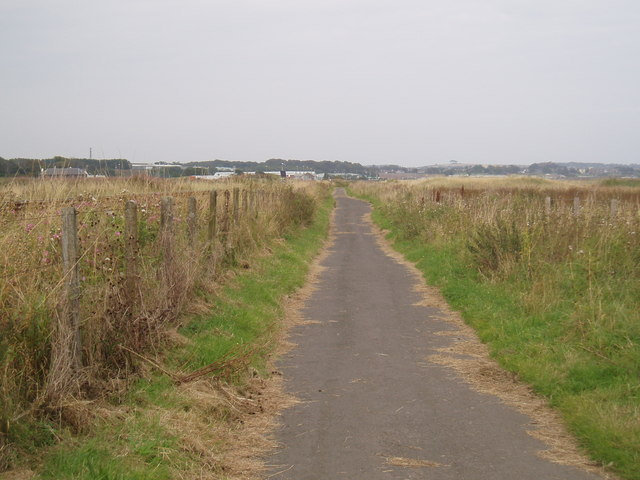 Cycle track near Elliot