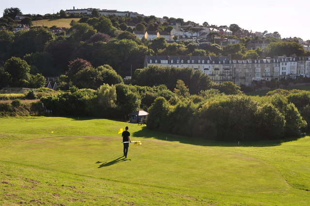 Ilfracombe : Larkstone Pitch and Putt