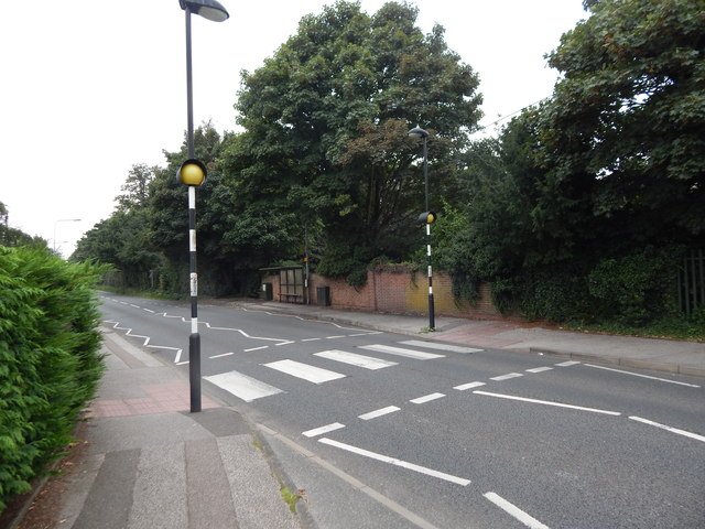 Crossing at Heatherhayes junction, Belstead Road