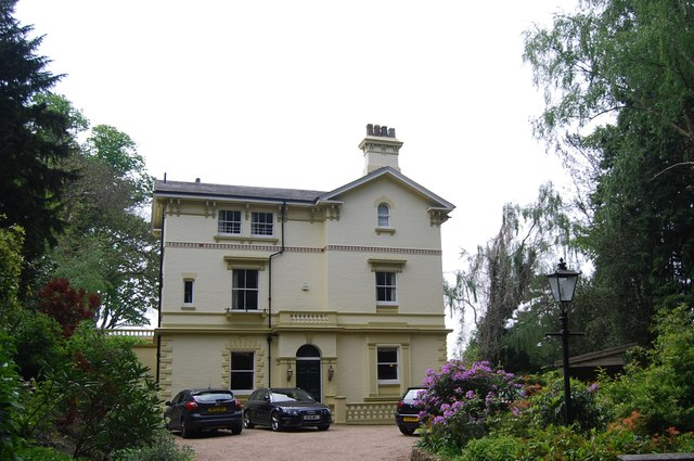 Georgian Villa, Hungershall Park