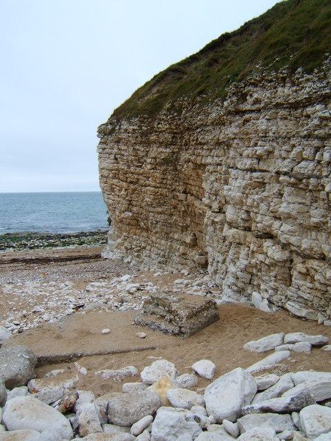Chalk cliffs, Thornwick Bay