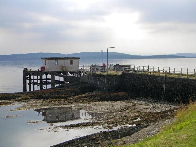 Achnacroish Pier (2)