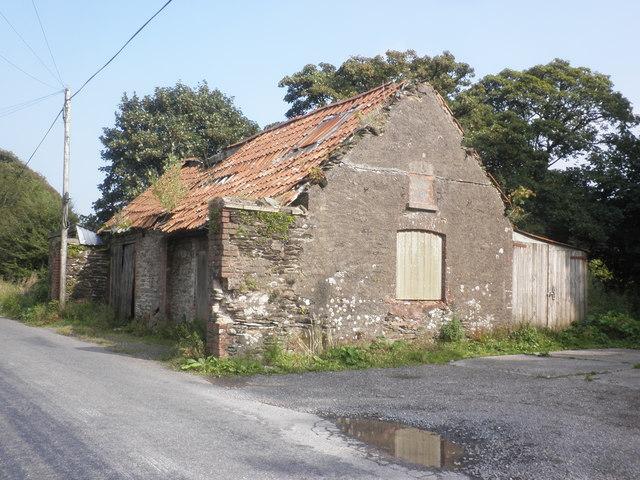Derelict building, near West Cottages, Simonsbath
