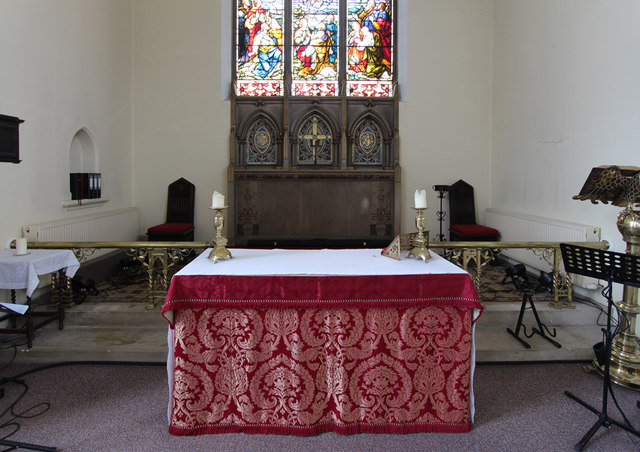 St John the Baptist, Hampton Wick - Chancel