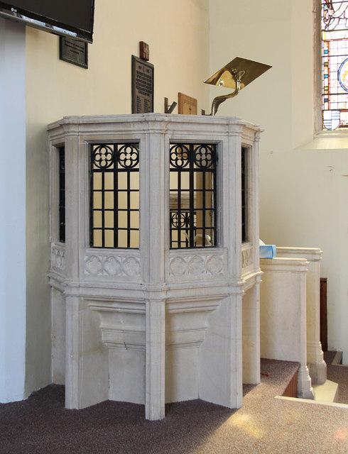 St John the Baptist, Hampton Wick - Pulpit