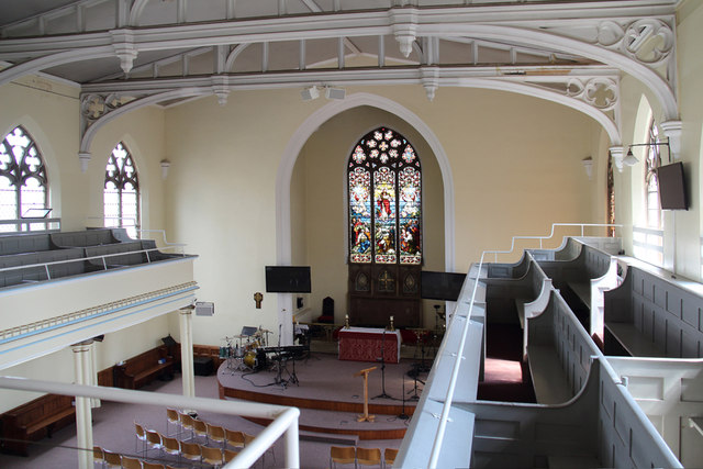 St John the Baptist, Hampton Wick - Interior