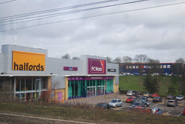 Halfords and PCWorld