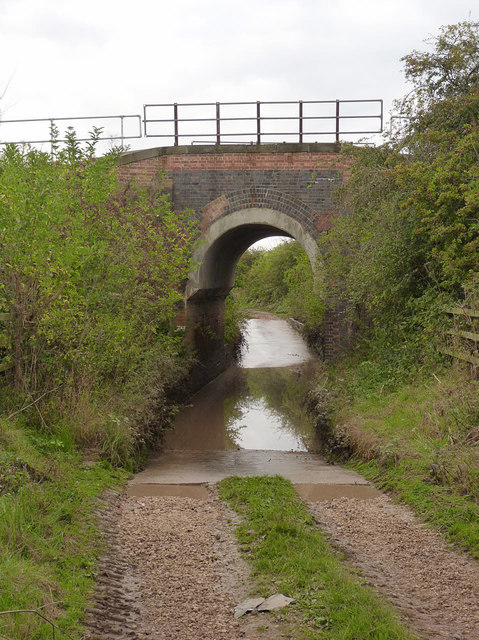 Schrimshire's Road railway bridge