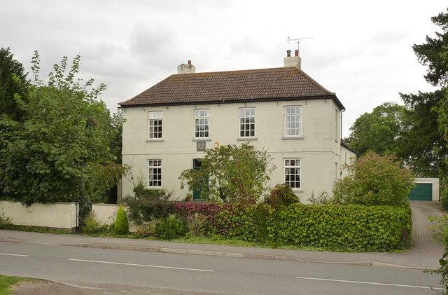 Sundial House, Main Street