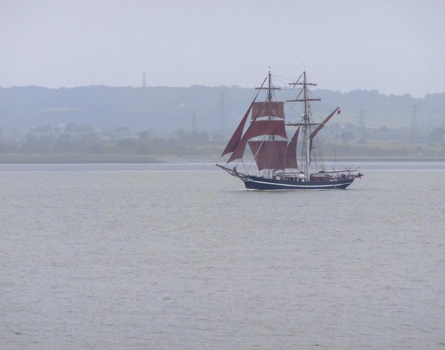 Square-rigger on the Thames: 'Eye of the Wind' (1)