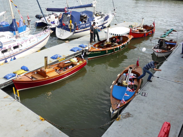 Dartmouth Regatta - steamboats