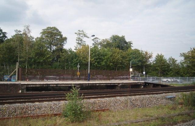 Extended platform - Winchfield