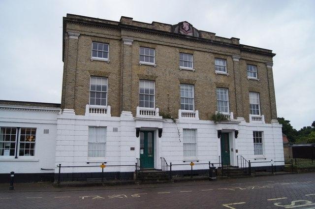 Fine building - Prospect Place