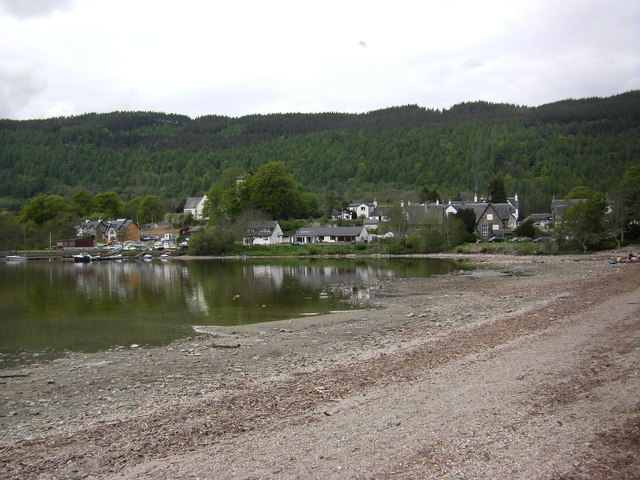 Shingle beach, Loch Tay