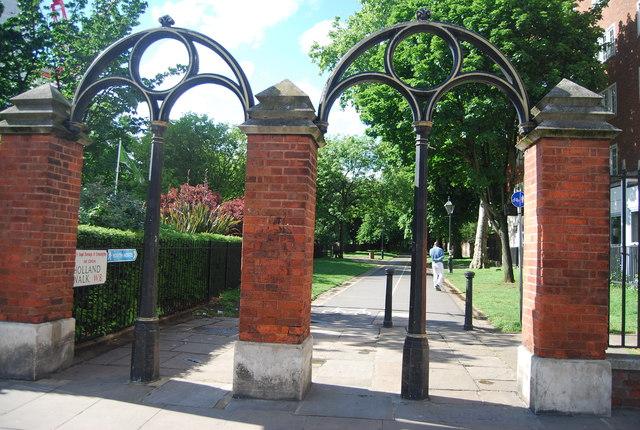 Gate piers, Holland Park