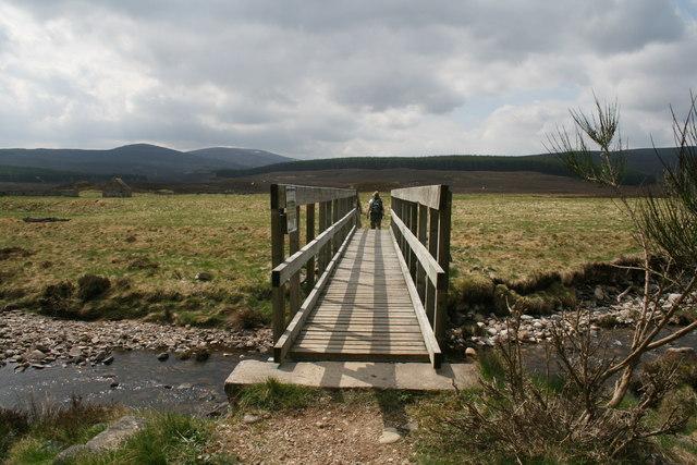 Footbridge near Baileguish