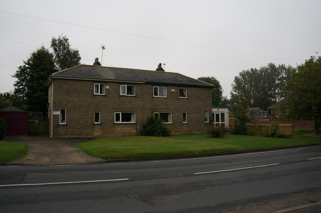 Houses on Waltham Road, Barnoldby le Beck