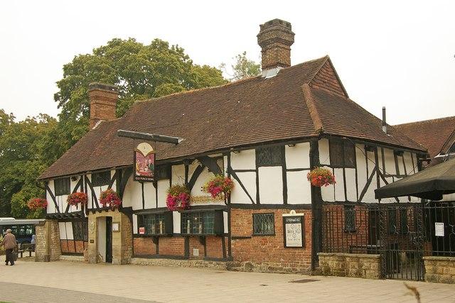 """Old Punch Bowl"" public house, Crawley"