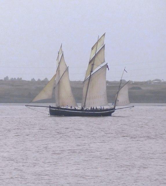 'Grayhound': a Cornish lugger off Lower Hope Point