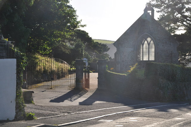 Ilfracombe : Cemetery Entrance
