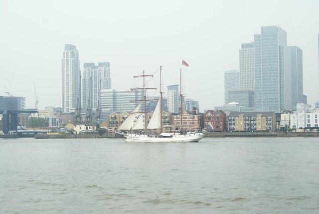 View of Loth Lorien passing Greenwich Peninsula