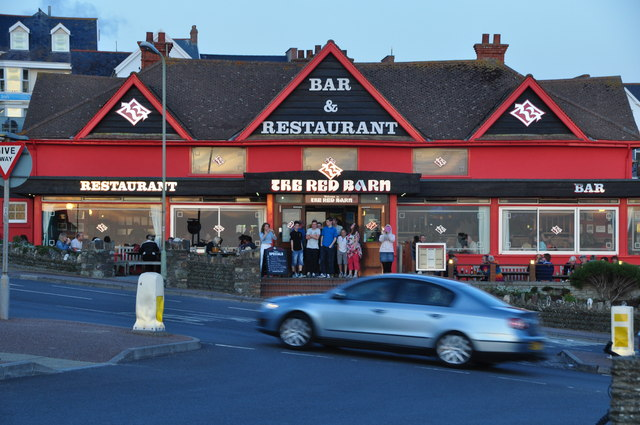 Woolacombe : The Red Barn