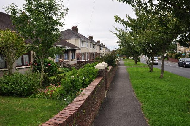 Bridgen : Coity Road Pavement