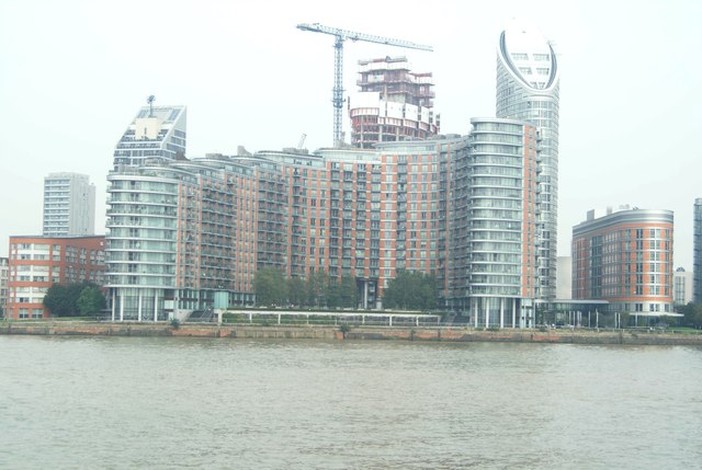View of New Providence Wharf and the Ontario Tower from the Greenwich Peninsula