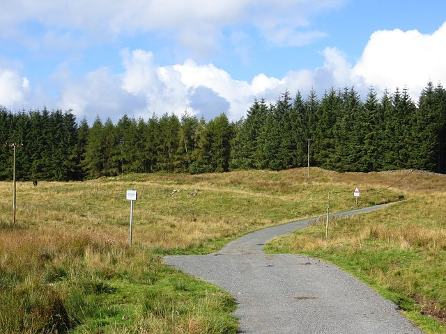 Road to Kinnelhead