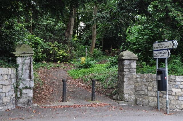 Bridgend : Park Entrance