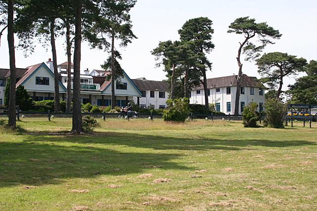 Knoll House Hotel