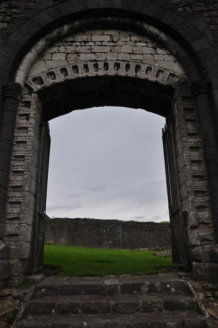 Bridgend : Newcastle Castle