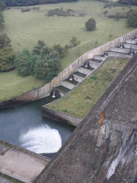 Overflowing water, Wimbleball Dam
