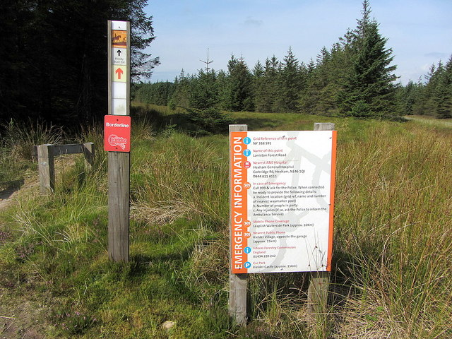 Information on the Border Line cycle route near Black Knowe
