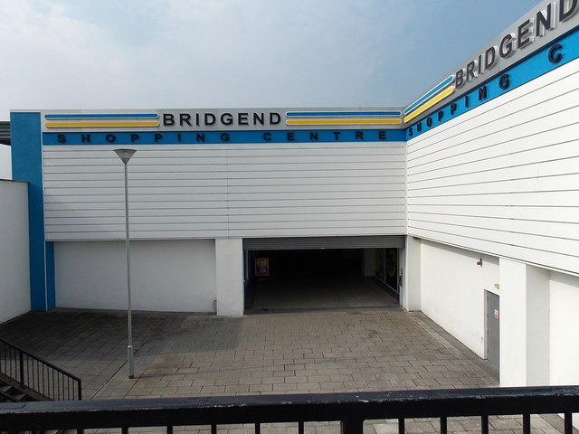 NE entrance to Bridgend Shopping Centre