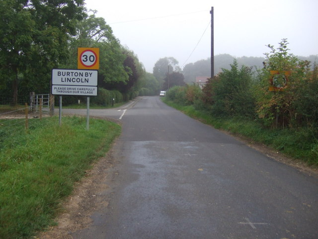 Entering Burton-by-Lincoln