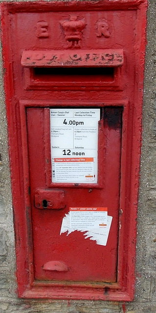 King Edward VII postbox, Gloucester Buildings, Pant-y-Gog