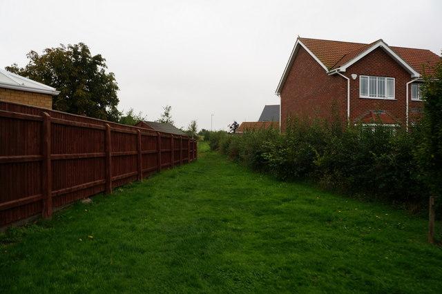 Footpath leading to Eastfield Farm