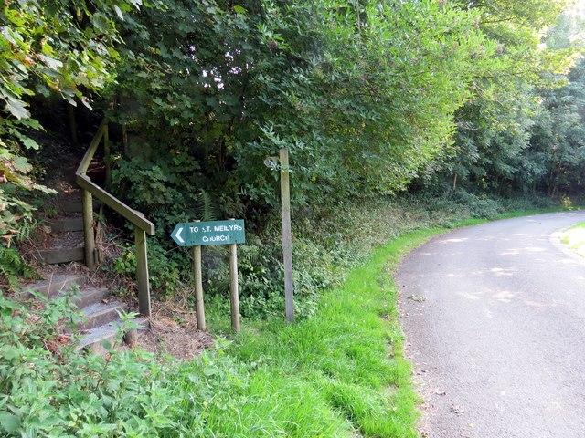 Llwybr Eglwys Llys y Fran Church Path