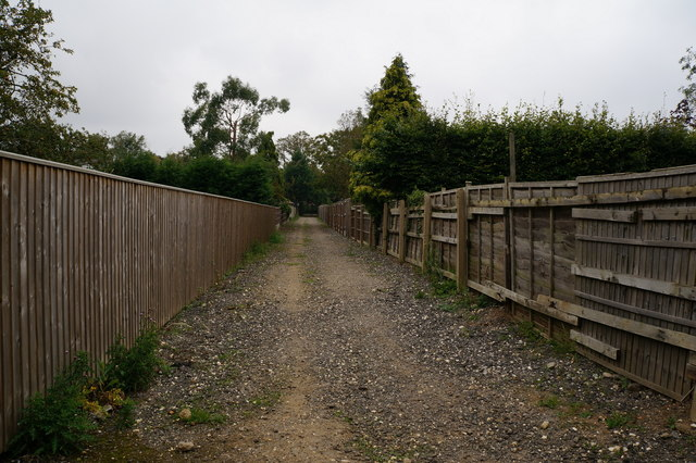 Path towards Humberston Avenue, New Waltham