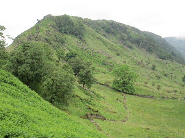 The narrow ridge of Rough Crag above Haweswater