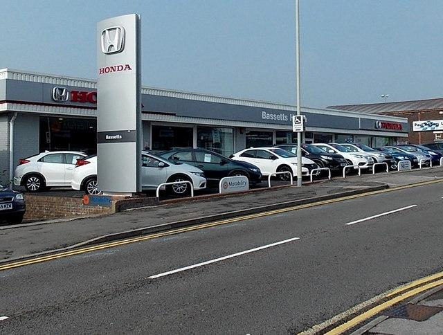 Bassetts Honda, Bridgend