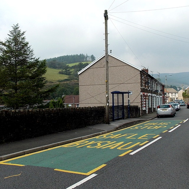 Cuckoo Street bus stop and shelter, Pant-y-Gog