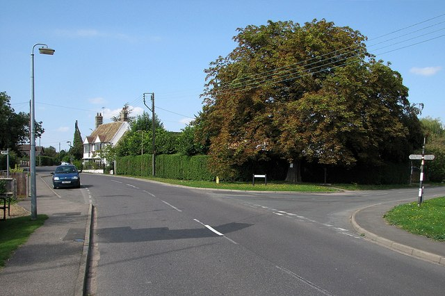 Haslingfield: the corner of New Road in early September